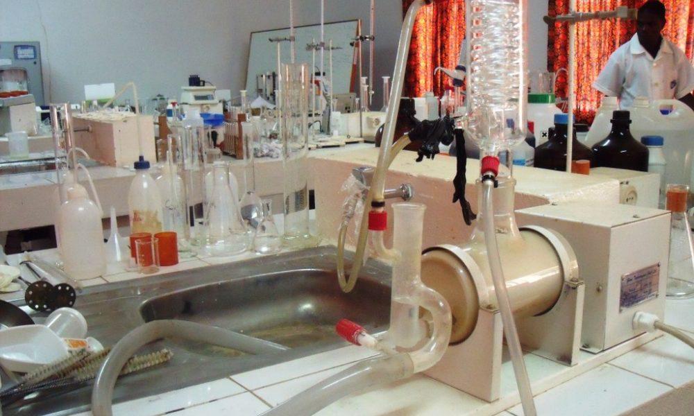 Laboratório da FAGRI (1)